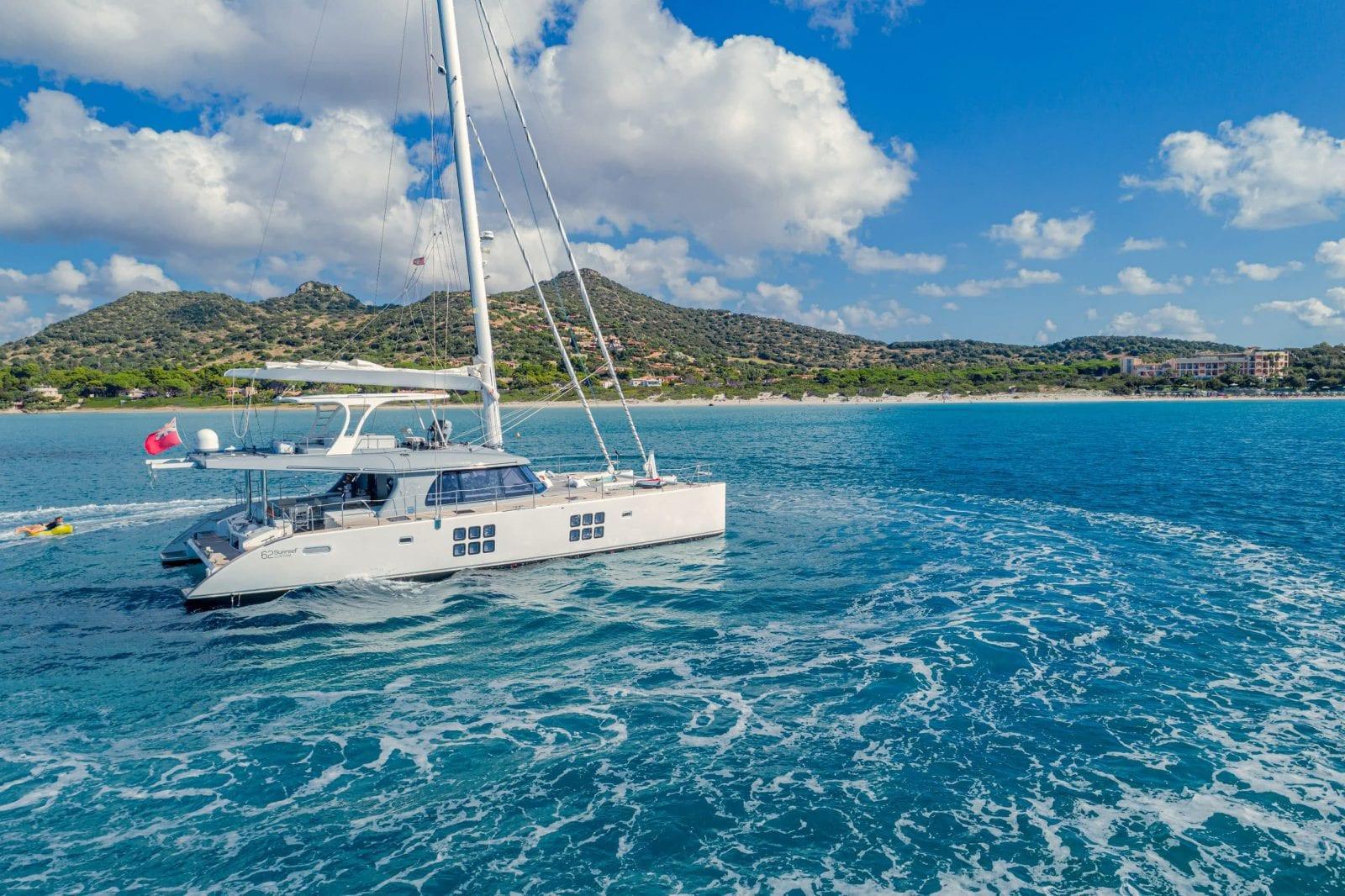 ADEA - Sunreef 62 on charter
