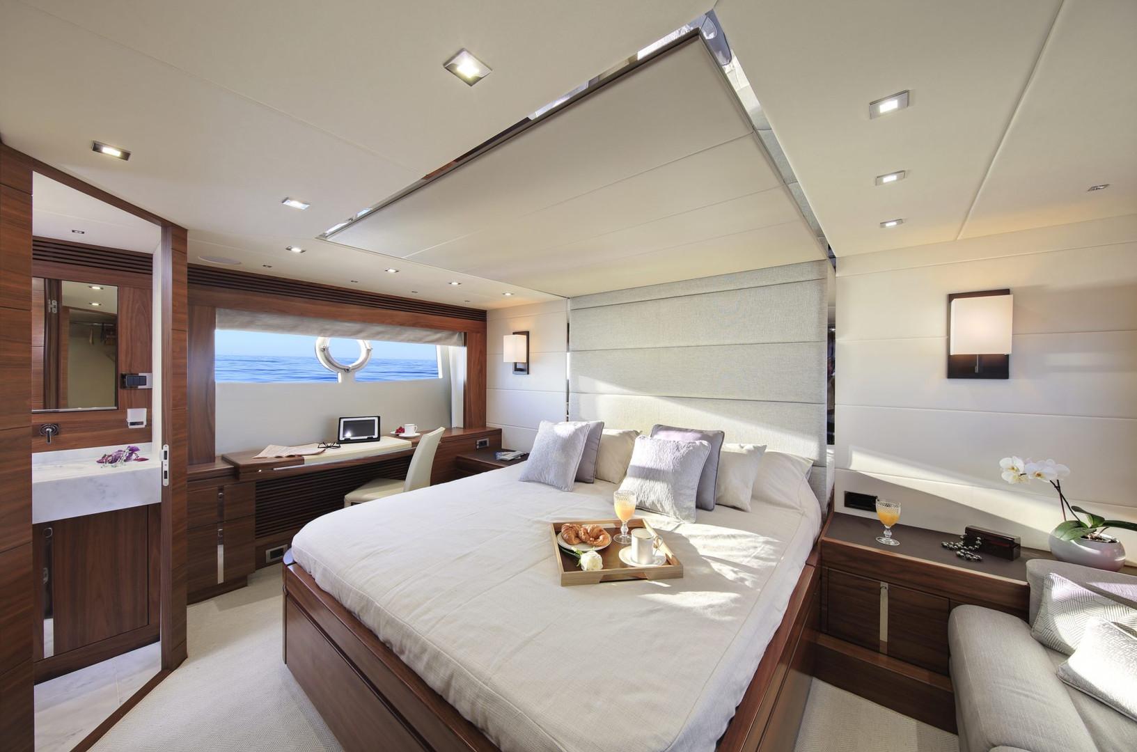 Yacht MAIA FAIR - master cabin