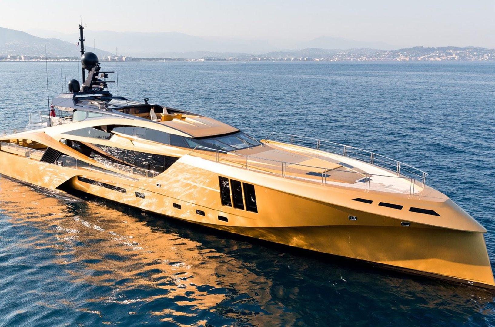 Yacht KHALILAH - at anchor