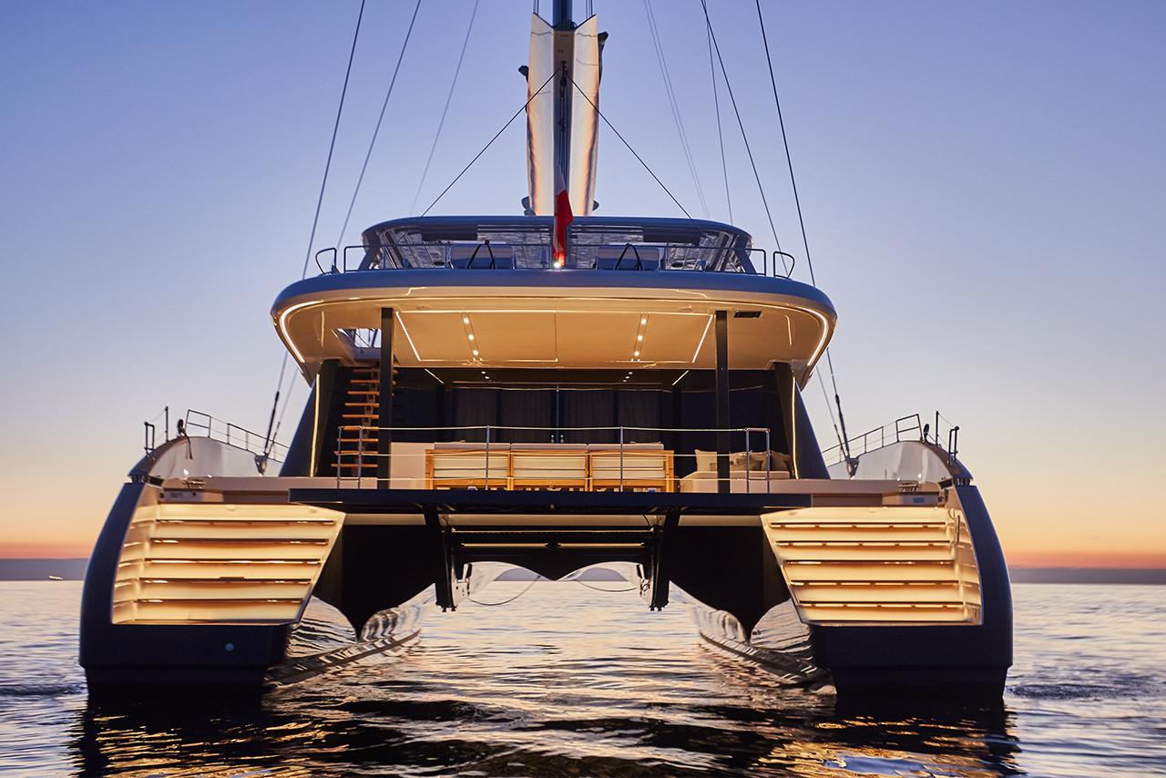 Yacht ABOVE Sunreef 80 - lit at night