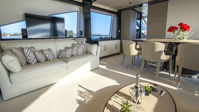Yacht INVICTUS - entertainment system