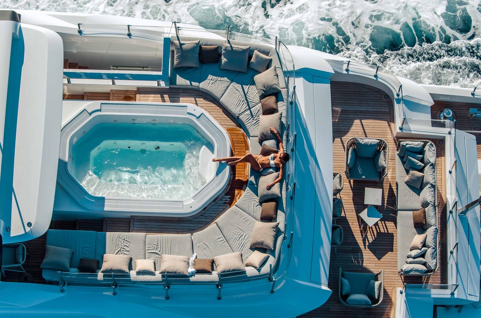 Mega yacht plunge pool on the sun deck