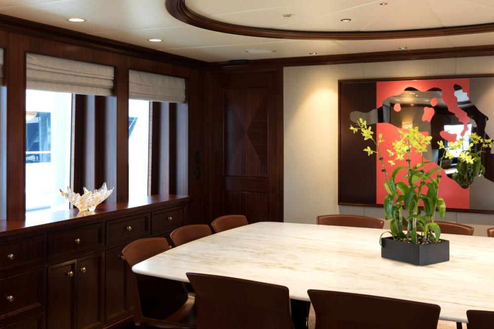Yacht SAFIRA - formal dining