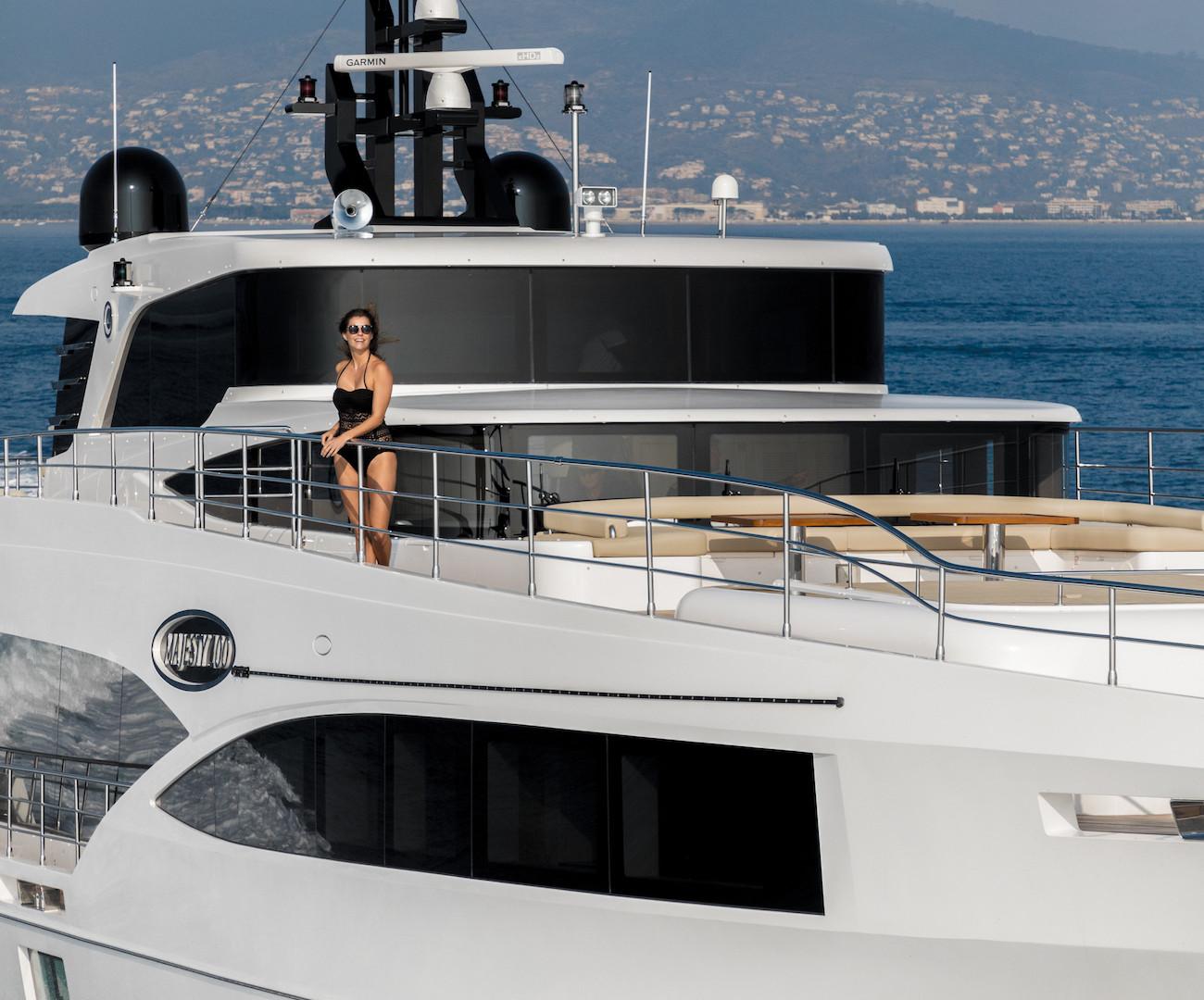Yacht MIA - on charter, underway