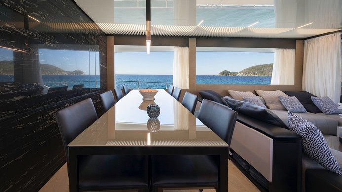 Yacht EPIC - formal dining