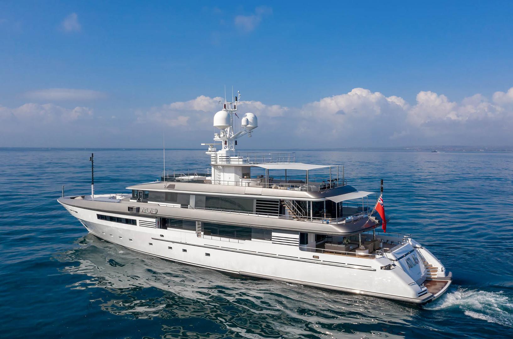 Yacht ATLAS