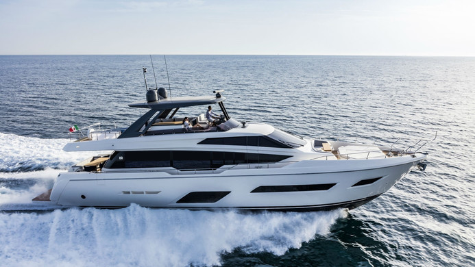 Yacht EPIC - Ferretti 780