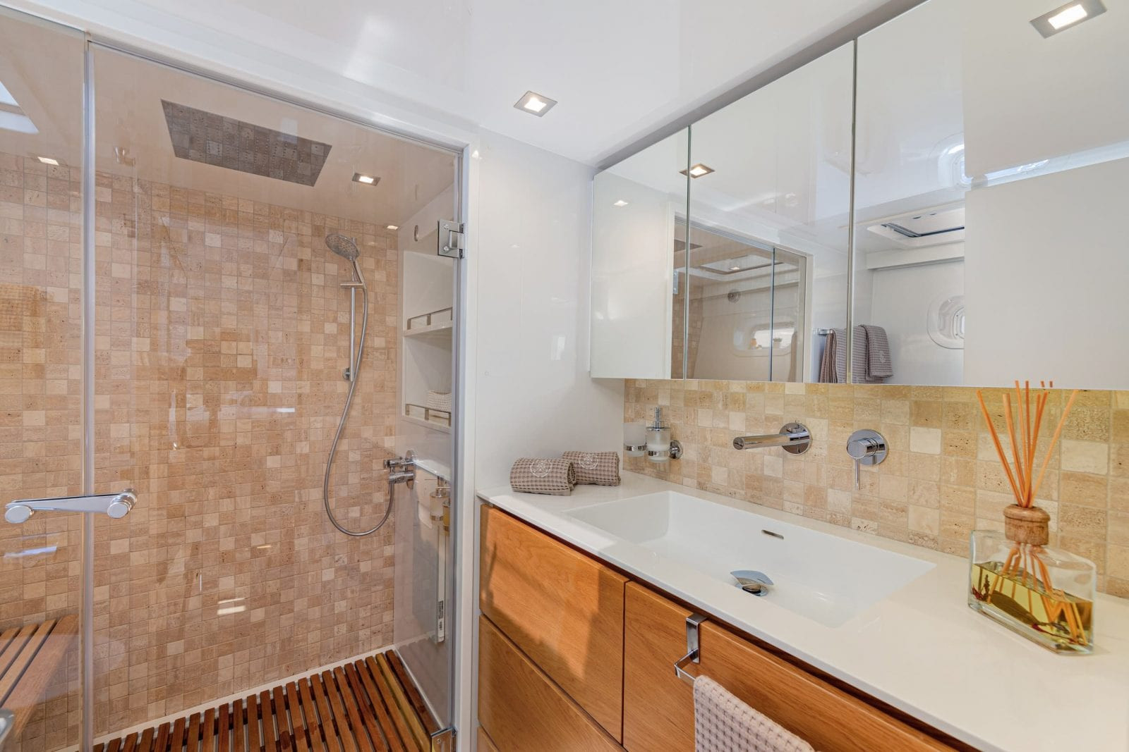 ADEA - en-suite shower room