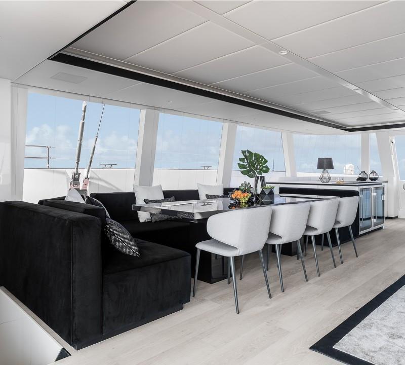 Yacht ABOVE Sunreef 80 - formal interior dining