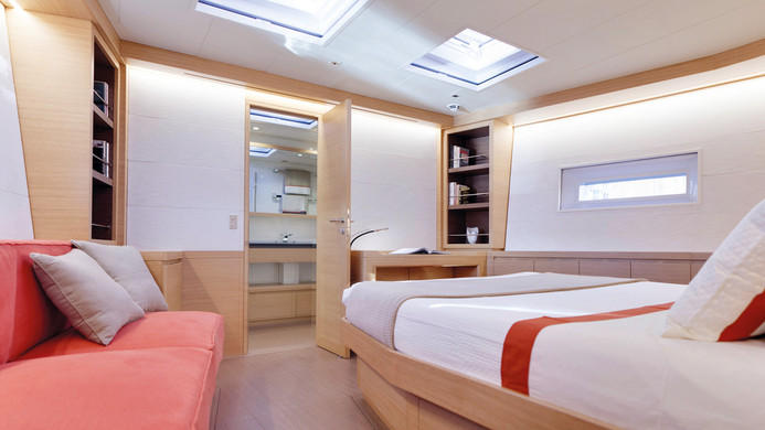 Sailing Yacht CROSSBOW - master cabin