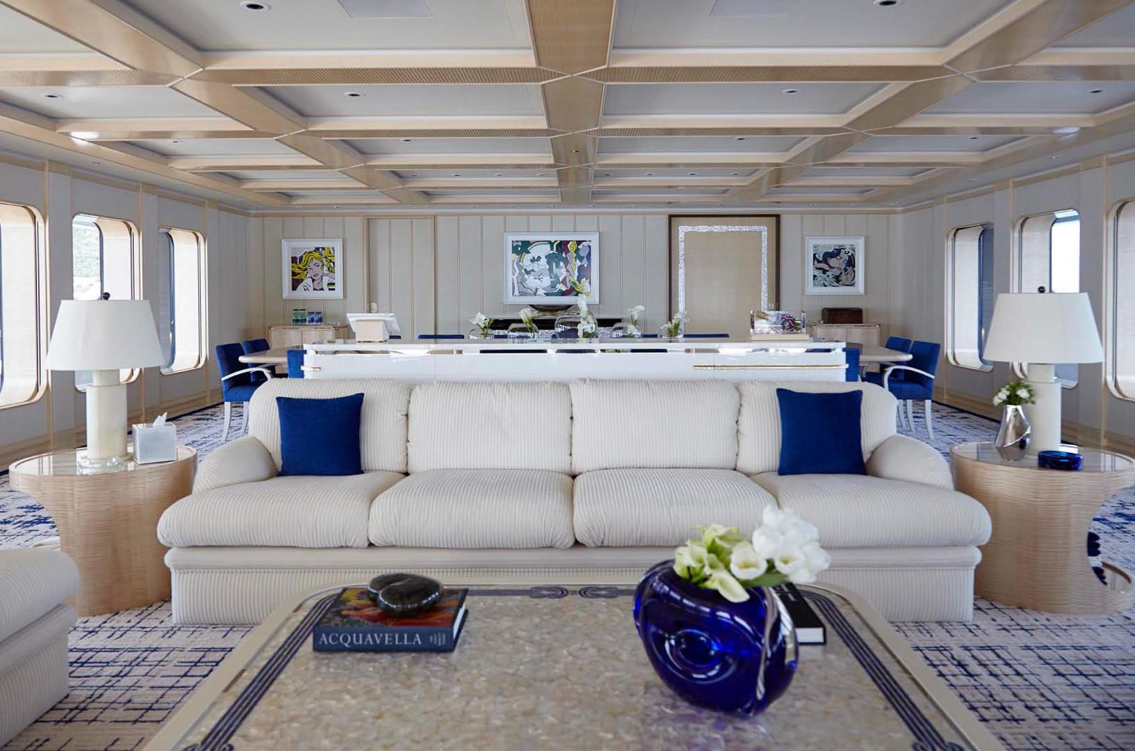 Yacht AQUARIUS - main saloon