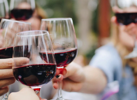 6 Steps to Grow Client Loyalty with Virtual Happy Hours