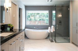 North Dallas Modern Master Bath
