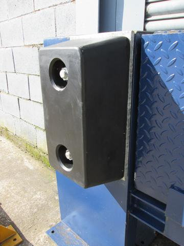 RDB 004 - Rubber Dock Buffer (Approx Dims: 448 x 250 x 153 mm)