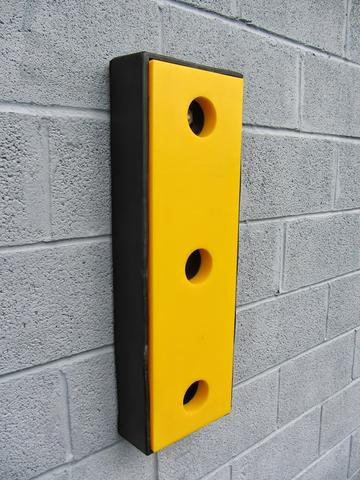 RDB 020 - UHMWPE Dock Buffer (Approx Dims: 750 x 250 x 115 mm)