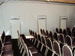 Split Toten auditório em tenda