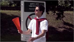 【映像コント】純愛映画のラストシーンの撮影現場がハプニングだらけに!