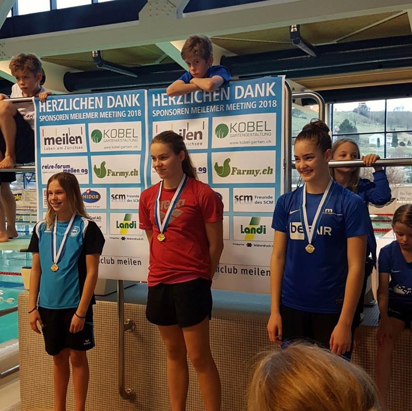 Tabita gewinnt Gold über 100m Delfin