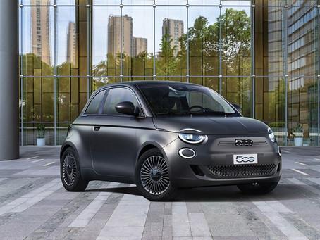 """Der New 500 gewinnt den Preis """"Bestes Design 2020"""" bei der von """"Auto Motor und Sport"""""""