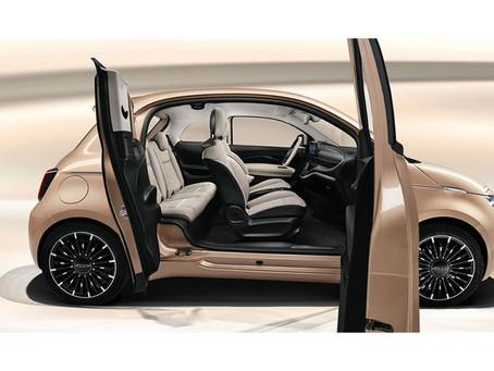 Weltpremiere des New 500 3+1 und der gesamten New 500-Reihe im Lingotto in Turin