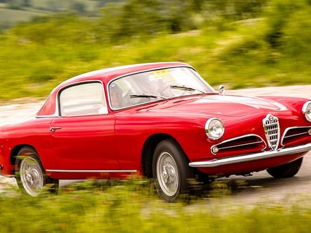 """Alfa Romeo gewinnt vier Auszeichnungen bei den """"Motor Klassik Awards"""""""