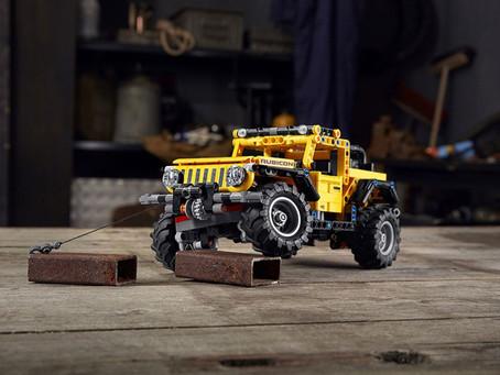 Machen Sie die ganze Welt zu Ihrem Spielplatz mit dem neuen LEGO® Technik™ Jeep® Wrangler
