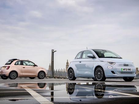 """Der neue 500er gewinnt bei den News UK Motor Awards den Titel """"Kleinwagen des Jahres"""""""