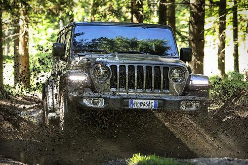 180703_Jeep_Sahara_13.jpg