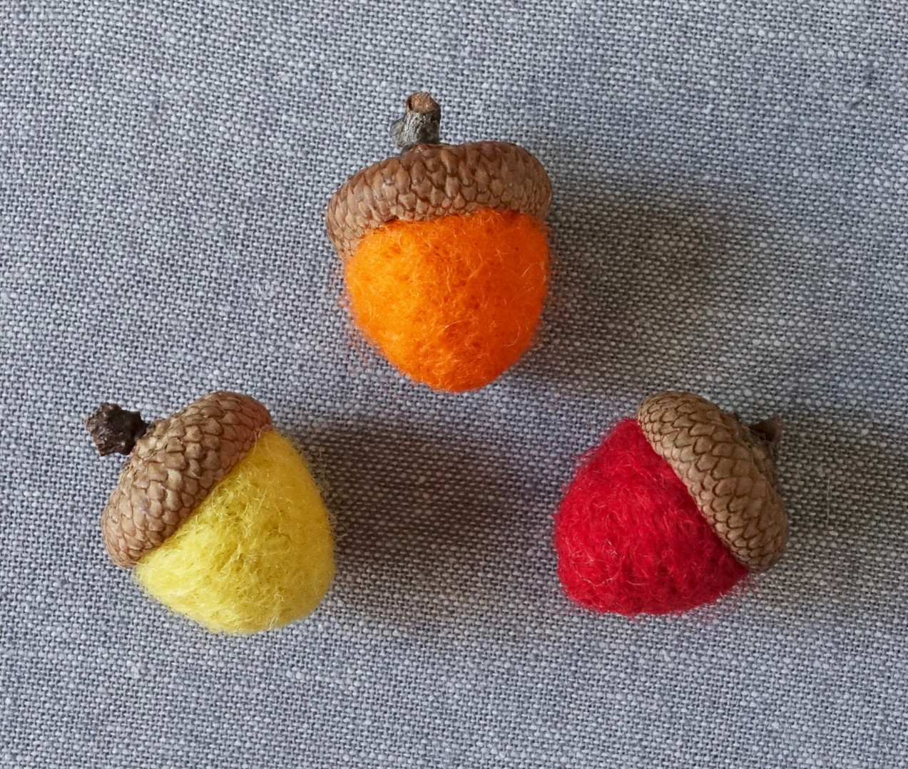 Felted Acorn Magnets