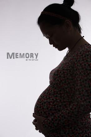 Pregnant_4927.jpg