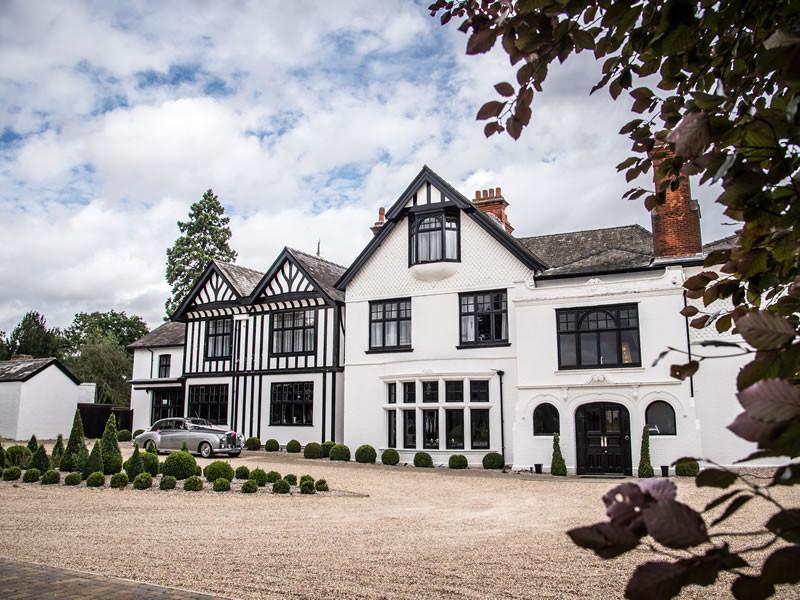Swynford Manor in Cambridgeshire, intimate wedding venue