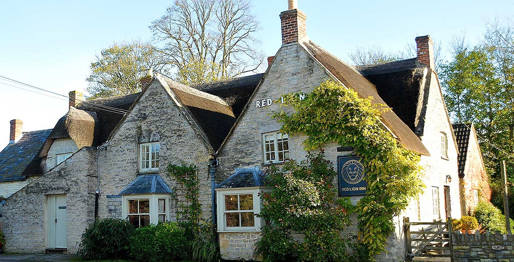Red Lion Inn Babcary intimate country wedding venue