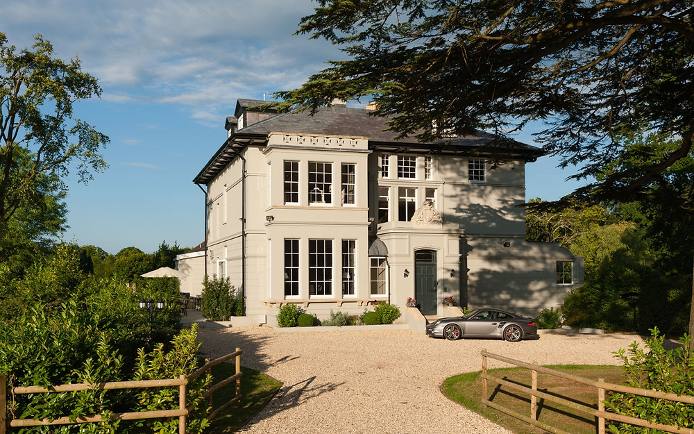 Heathfield Estate New Forest wedding venue intimate and exclusive