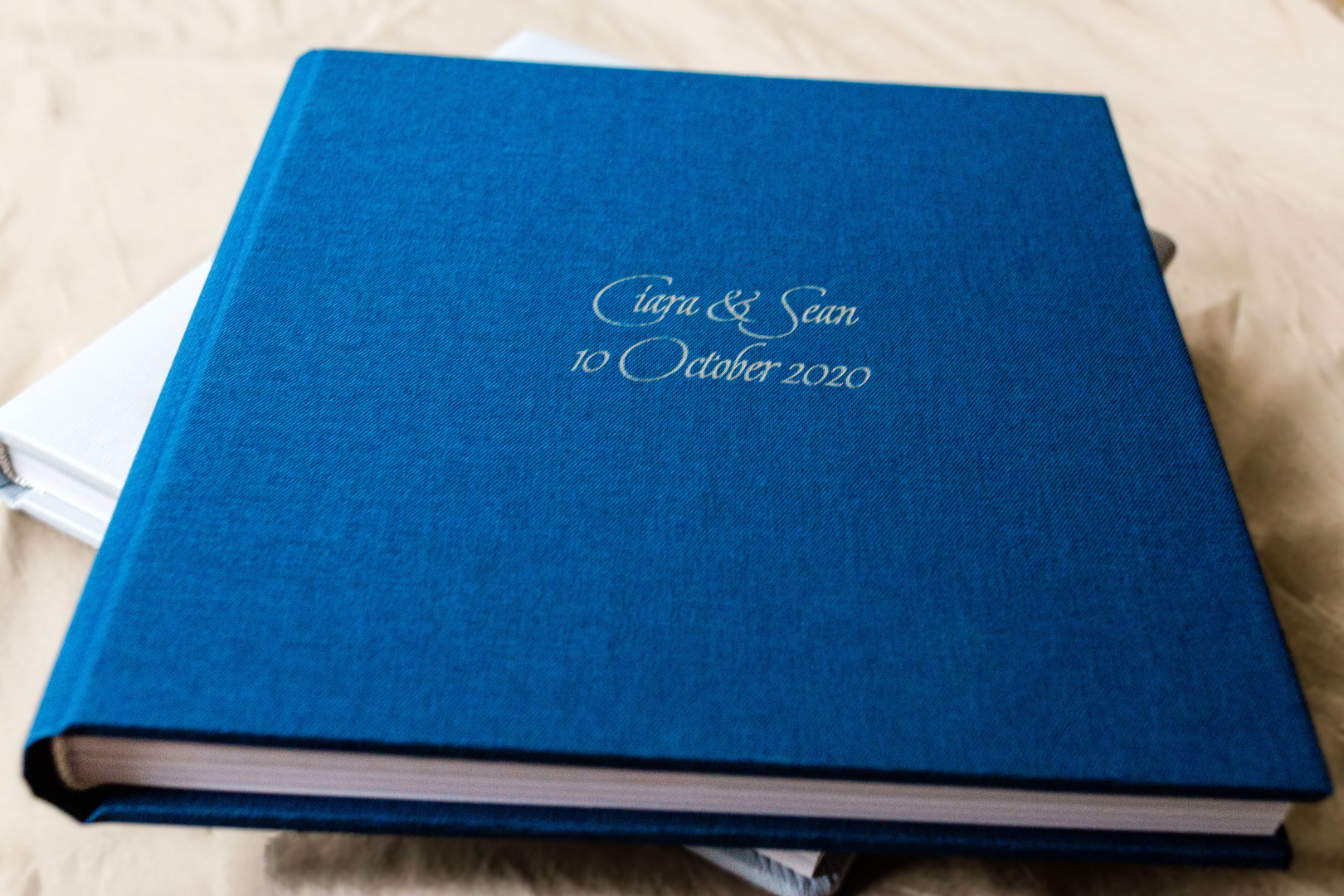 Linen luxury wedding photo album