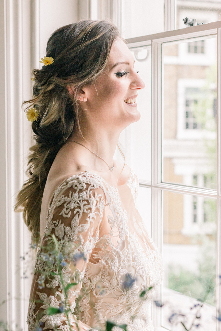 Hackney bride getting ready for her boho wedding