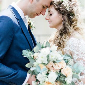 cardiff-spring-wedding-bride-groom.jpg