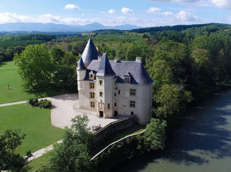 Guest Blog: Four Incredible Places to get Married in France