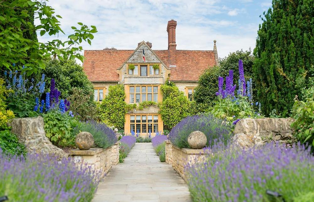 Belmond Le Manoir aux Quat'Saisons luxury intimate Oxfordshire wedding day