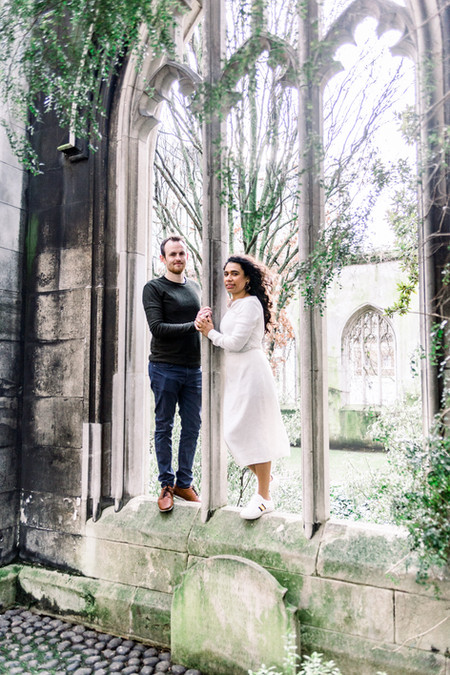 Romantic St Dunstan in the East engagement photography in London