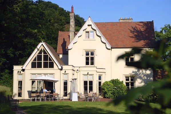 Maison Talbooth in Essex, intimate wedding venue