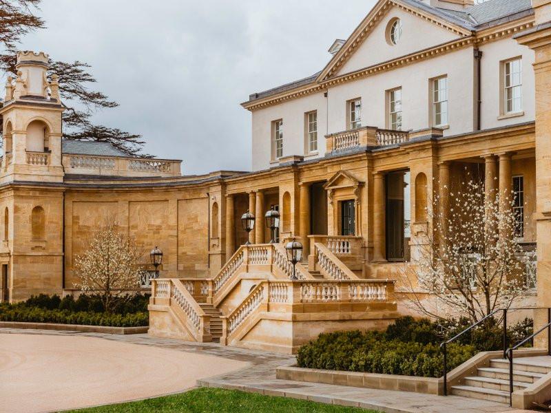 The Langley, luxury intimate wedding venue in Buckinghamshire