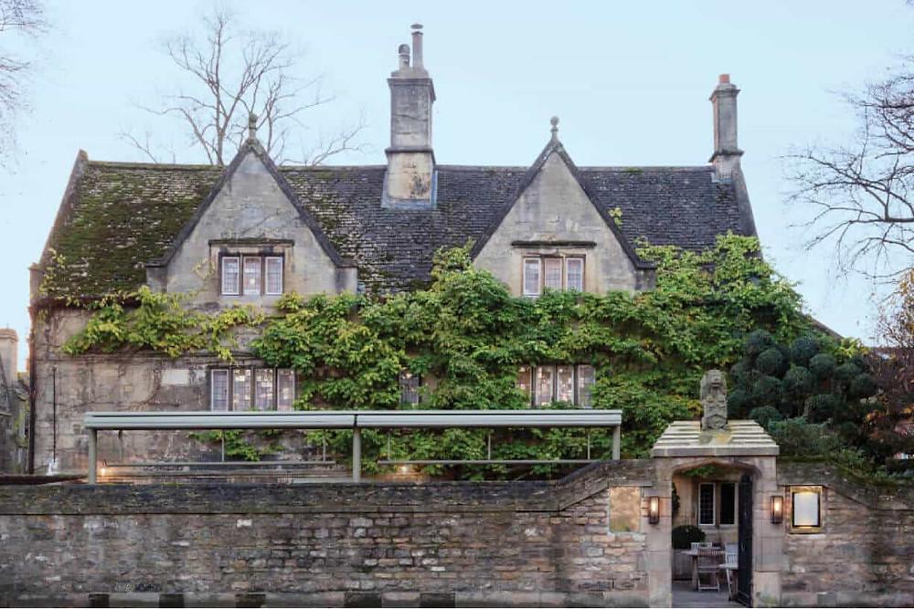 Old Parsonage Hotel intimate Oxford wedding venue