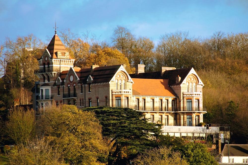 Petersham Hotel in Richmond, London, intimate wedding venue