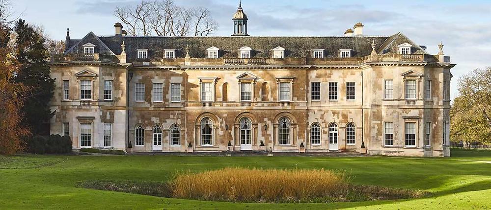 Luxury intimate wedding venue Hartwell House near Aylesbury