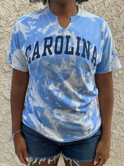 """CAROLINA"" V-neck T-Shirt (M)"