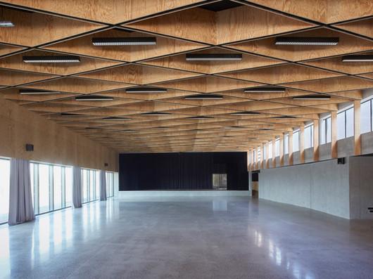 salle polyvalente à Rouvignies