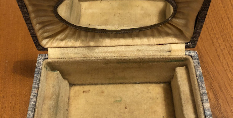 Edwardian 'snake' jewel box