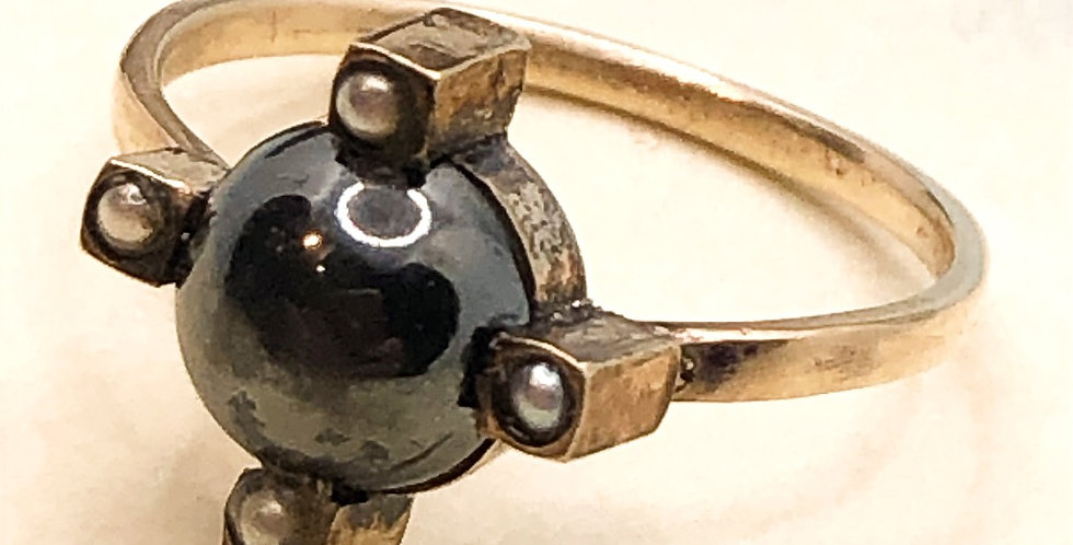 Edwardian hematite and pearl ring 9ct gold