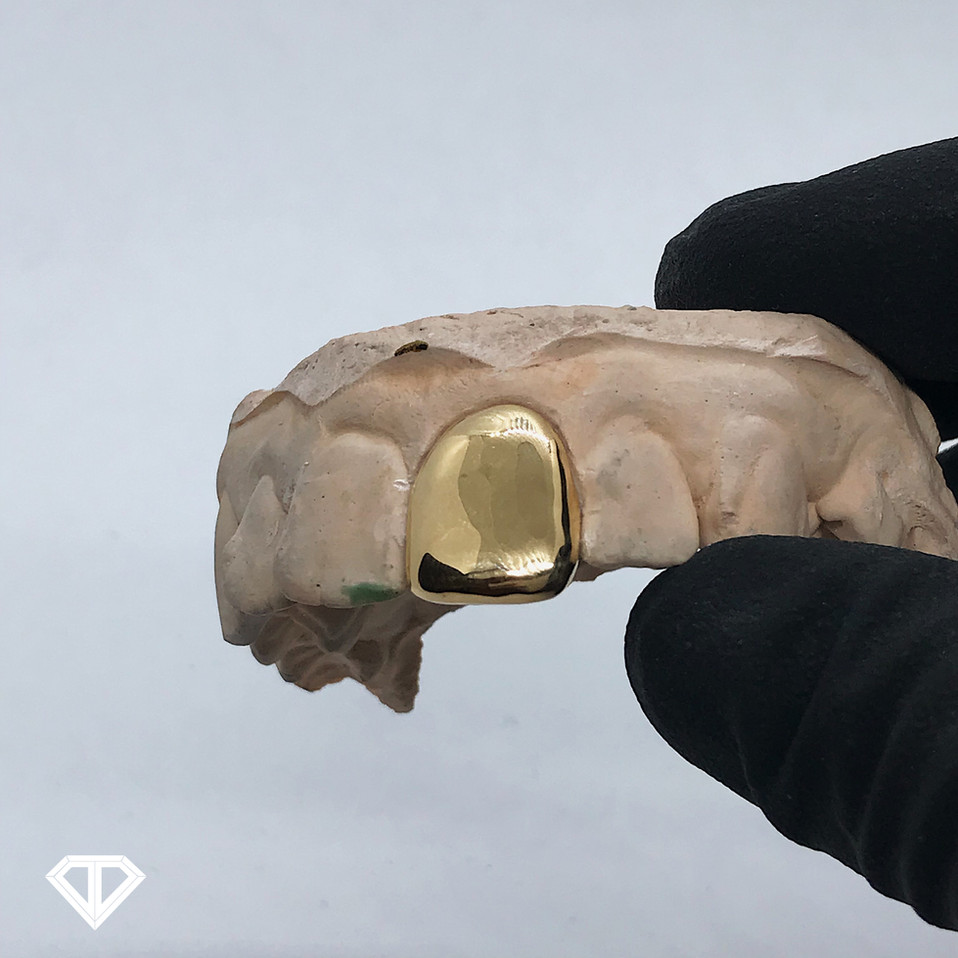 18k Yellow Gold Slug