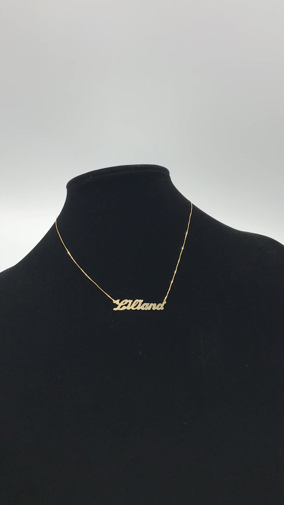 "10k ""Liliana"" Name Necklace"